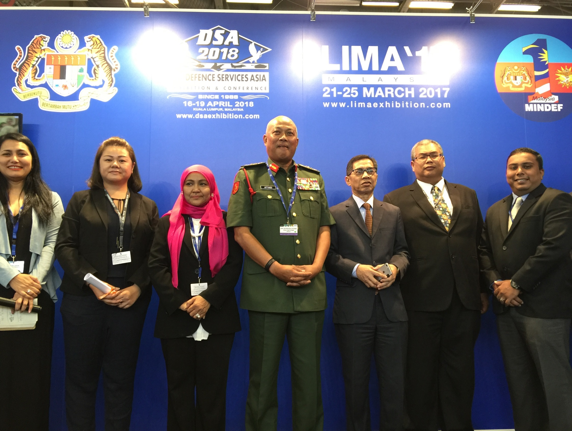 Picture 2 - LIMA '17 Contractor Award Ceremony