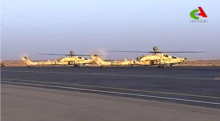 Алжирские вертолеты Ми-28НЭ на учениях