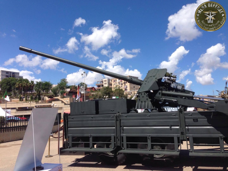 العراق يعيد للخدمه مدفعيه D-30 عيار 122 ملم محموله على الشاحنات  Zetrosm12